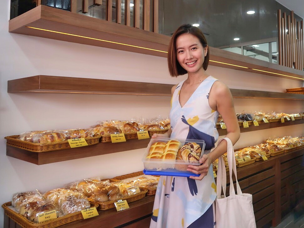 How You Can Go Plastic-Free Shopping In A Bakery